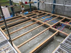 IMG_0808 防蟻処理:土壌、土台、大引き部完了