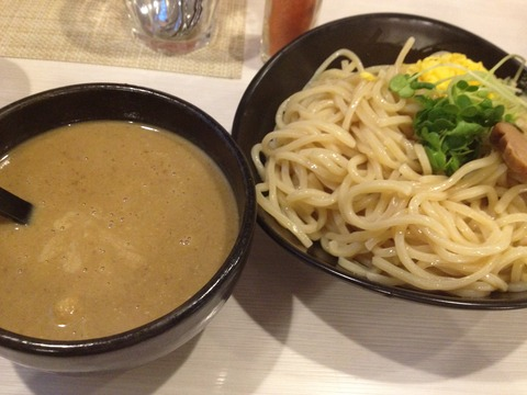 三軒茶屋カレーつけ麺2