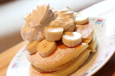 バナナホイップパンケーキ