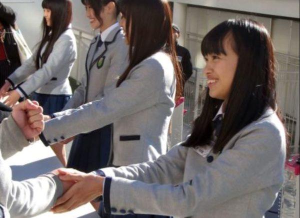 【欅坂46】新規なのですが、CDを買った枚数だけ握手券がついてくるわけじゃないっすよね?