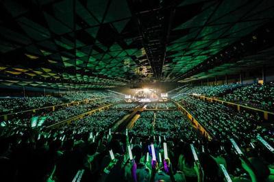 【欅坂46】演出の都合上、ペンライト点灯制限が公式から発表!【全国アリーナツアー2018】