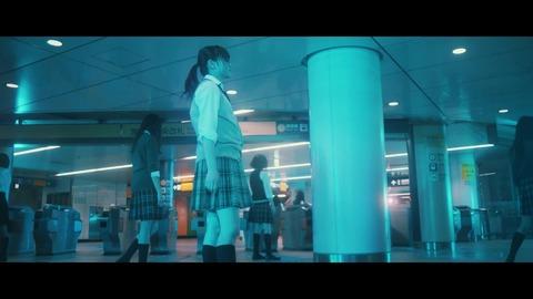 欅坂46 『月曜日の朝、スカートを切られた』 093