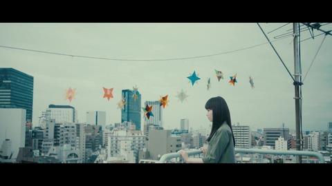欅坂46 『月曜日の朝、スカートを切られた』 083