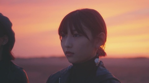 欅坂46 『波打ち際を走らないか?』 589