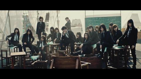 欅坂46 『風に吹かれても』 032