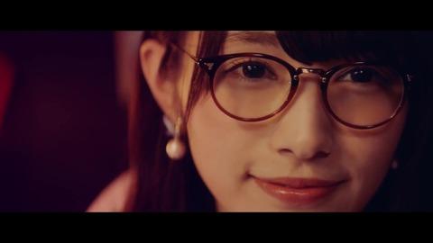 欅坂46 『割れたスマホ』 158