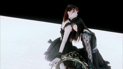 〈坂道AKB〉 AKB48[公式] 016