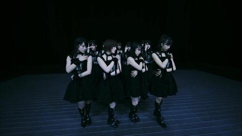 〈坂道AKB〉 AKB48[公式] 010