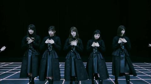 〈坂道AKB〉 AKB48[公式] 043