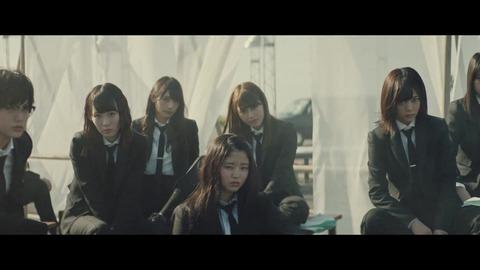 欅坂46 『風に吹かれても』 042