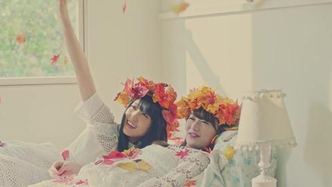 欅坂46 『波打ち際を走らないか?』 184