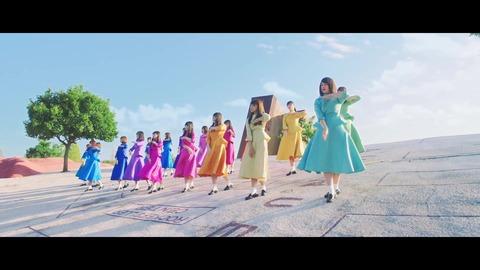 日向坂46『JOYFUL LOVE』 048