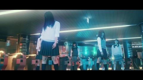 欅坂46 『月曜日の朝、スカートを切られた』 107