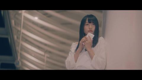 欅坂46 『割れたスマホ』 069