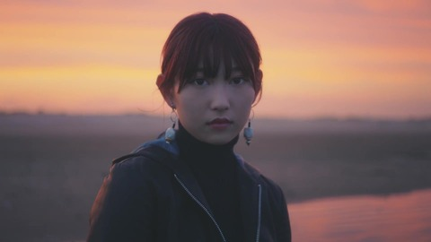 欅坂46 『波打ち際を走らないか?』 565