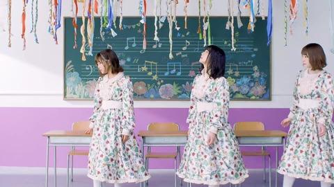 欅坂46 『音楽室に片想い』 070