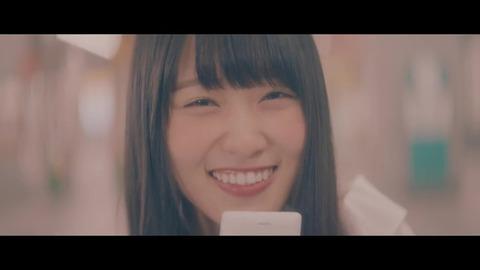 欅坂46 『割れたスマホ』 582