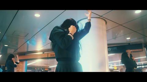欅坂46 『月曜日の朝、スカートを切られた』 304