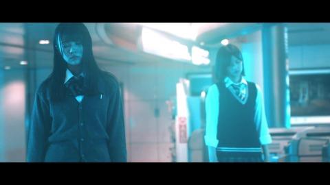 欅坂46 『月曜日の朝、スカートを切られた』 122