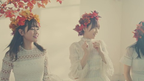 欅坂46 『波打ち際を走らないか?』 064