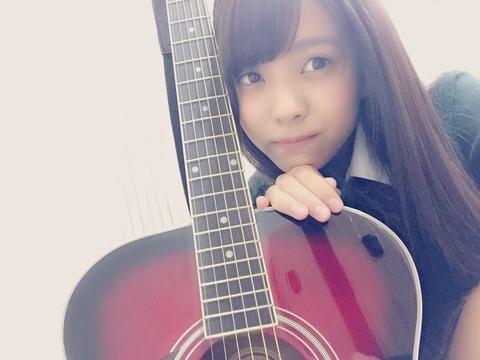 小林由依ギター