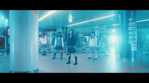 欅坂46 『月曜日の朝、スカートを切られた』 356