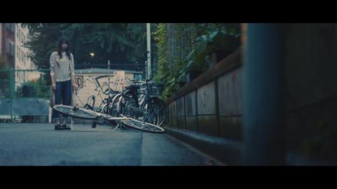 欅坂46 『月曜日の朝、スカートを切られた』 216