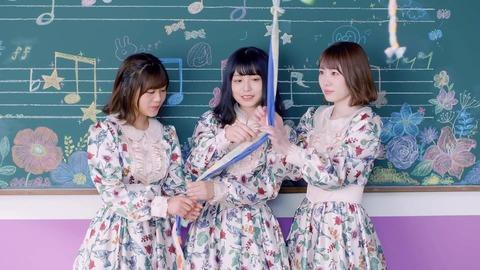 欅坂46 『音楽室に片想い』 003