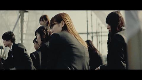 欅坂46 『風に吹かれても』 025