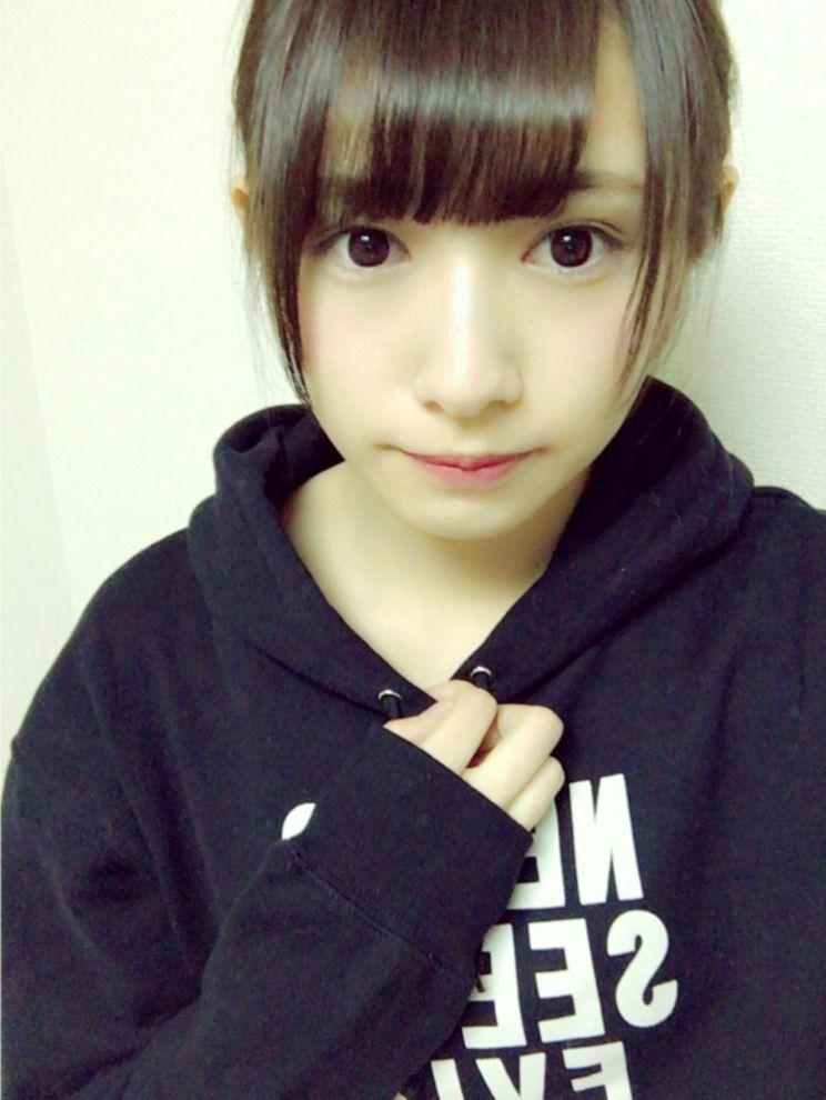 【欅坂46】渡辺梨加が猫耳ポーズを披露!思わずため息が出る ...