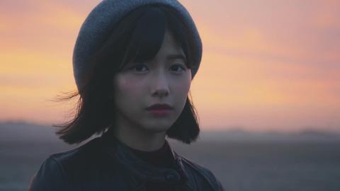 欅坂46 『波打ち際を走らないか?』 573