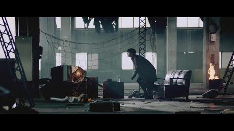 欅坂46 『ガラスを割れ!』 046