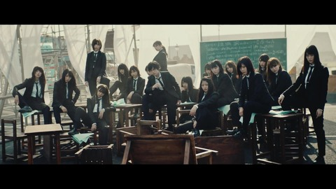 欅坂46 『風に吹かれても』 034