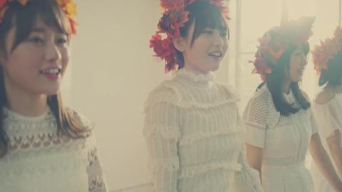 欅坂46 『波打ち際を走らないか?』 052