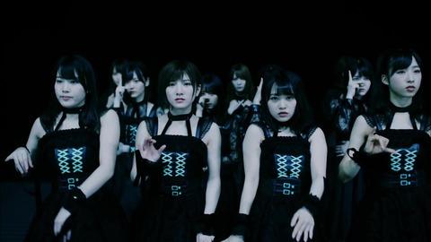 〈坂道AKB〉 AKB48[公式] 021