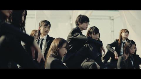 欅坂46 『風に吹かれても』 056