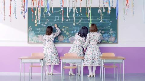 欅坂46 『音楽室に片想い』 047
