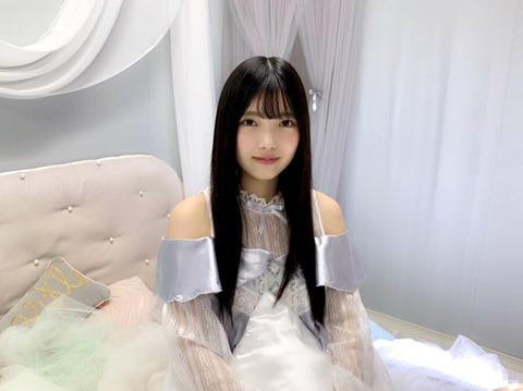 【欅坂46】「MARQUEE」Vol.130に上村莉菜と松田好花の撮り下ろし写真とインタビューが掲載