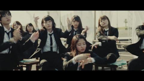 欅坂46 『風に吹かれても』 071