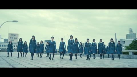 欅坂46 『月曜日の朝、スカートを切られた』 510