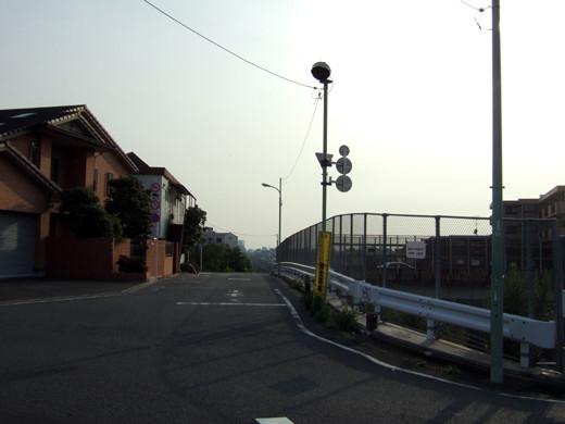 大田区相生坂の坂上の坂道2