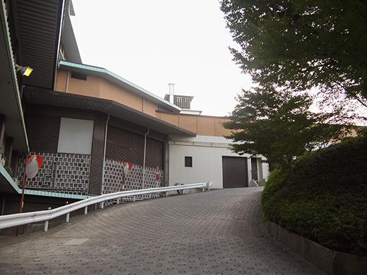 ホテルオークラ東京の坂道を歩いてみる8