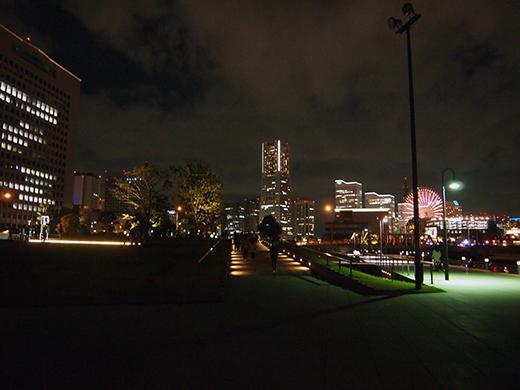 スマートイルミネーション横浜で勾配さんぽ5