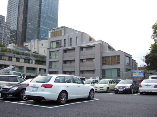 ミッドタウン裏の檜坂の坂上にある謎の駐車場と無名坂6