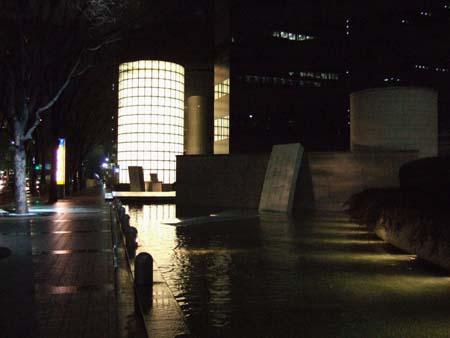 新宿アイランドホール1
