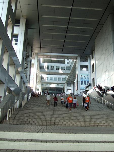 フジテレビの大階段1