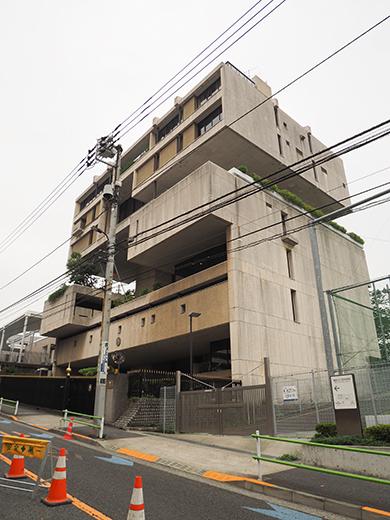 田町駅すくにある「潮見坂」と「聖坂」5