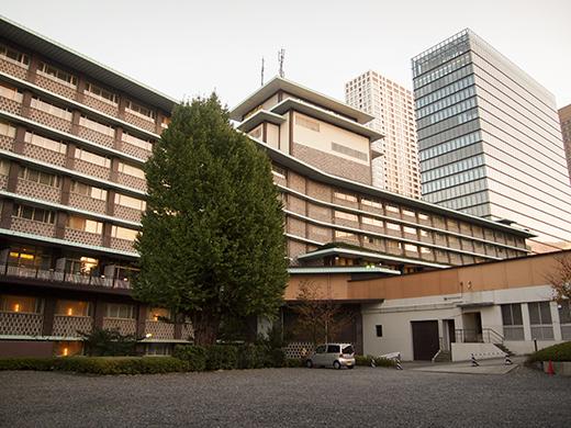ホテルオークラ東京の坂道を歩いてみる13