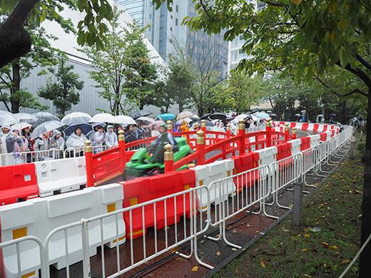 赤坂サカスのさくら坂でRED BULLのカートレース6