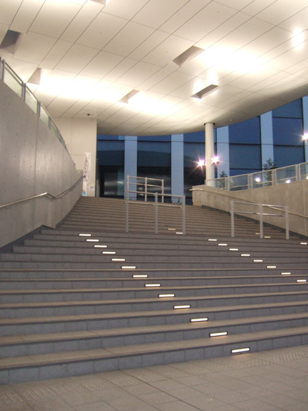 ガンダムが見れる階段2